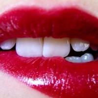 1万元求购3类美容牙齿商标一个